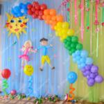 Украшение выпускного в детсаде - гирлянда радуга