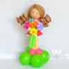 Девочка с букетом из воздушных шаров