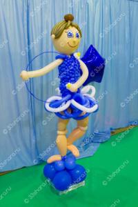 Фигурка гимнастки из воздушных шаров