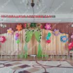Гелиевые и настенные цветы - оформление выпуского в детском саду Владимир