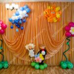 Большие цветы, солнышко и тучка - оформление выпускного в садике во Владимире