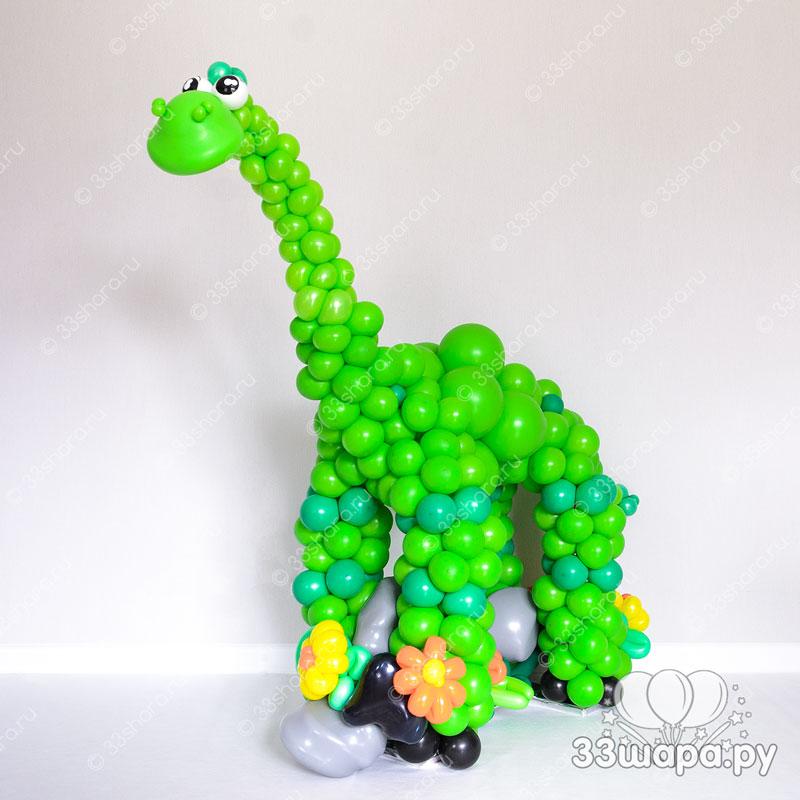 Динозавр из шаров