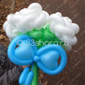 1-42 Красивый букет из пяти белых роз во Владимире