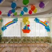 Выпускной в детском саду — панно Кораблик, солнышко, шары под потолок