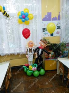 Фигурки школьников из воздушных шаров
